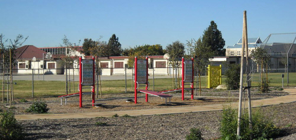 madrid-middle-school-park-exercise-equipment