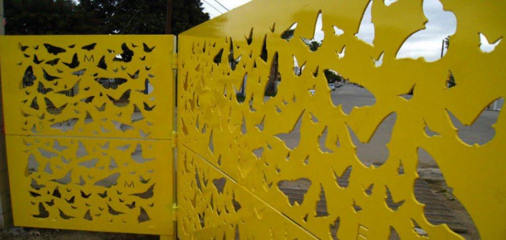 gibson-mariposa-park-art-element-gate