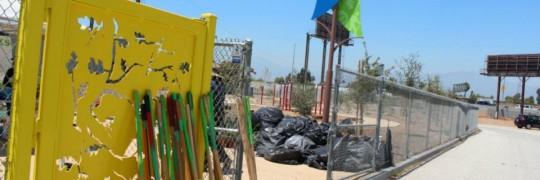 Madrid School Volunteer Event - Park Grooming