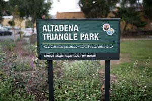Altadena Triangle Park Sign