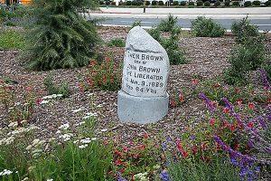 Altadena_Triangle_Park_marker-stone-Owen Brown