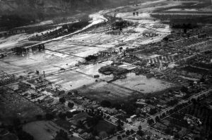LATimes - 1928 Aerial view of flooded City of Santa Paula